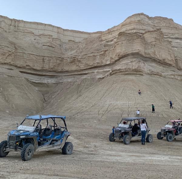 טרקטורונים במדבר