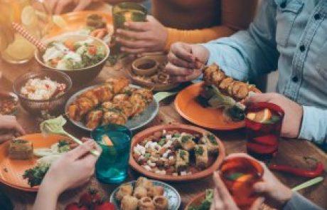 ארוחה וחוויה
